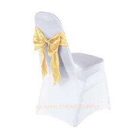เช่าเก้าอี้นวมคลุมผ้าขาวตึงเข้ารูปโบว์ทองอ่อน